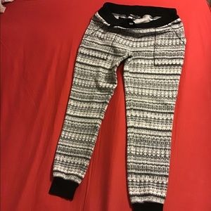 THREADS 4 THOUGHTS FLEECE PANTS SIZE M